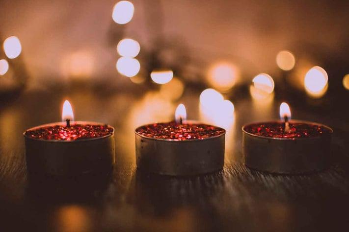 macro-shot-photography-of-tea-candles-1652109